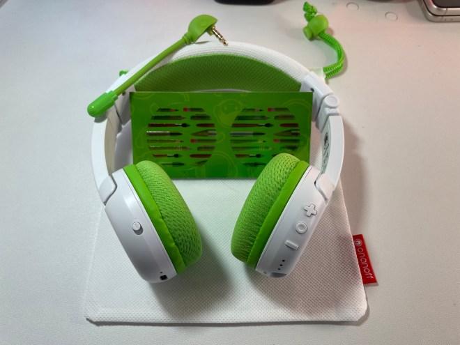 Buddyphones school plus wireless headphones for kids. Techbuzzireland