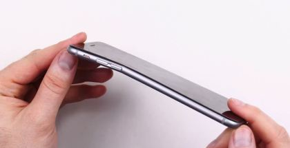 BENT IPHONE 6 IMAGES FOR EVELYN -- from : Unbox Therapy