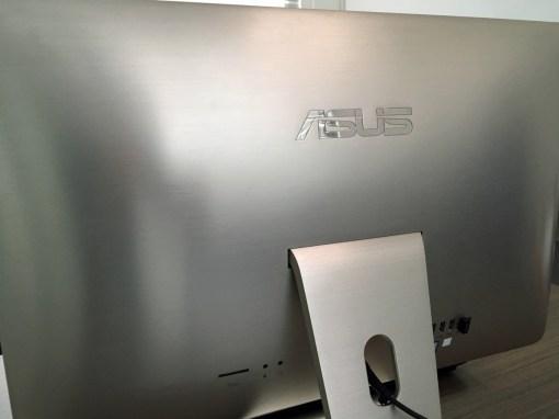 Detalle de aluminio cepillado del Zen AiO Pro
