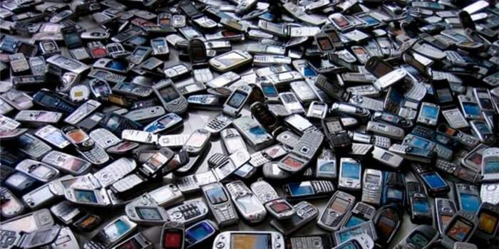 Y el celular más vendido de la historia es…