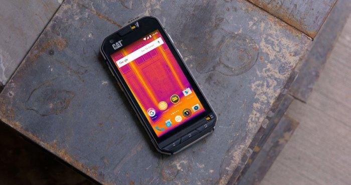 #Cat: Agua, golpes, uso, abuso … qué más puede resistir un #SmartPhone?