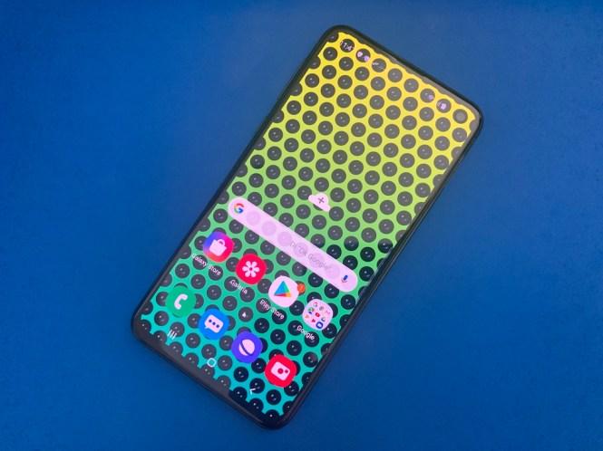 El Samsung Galaxy S10e podría ser el smartphone perfecto. Pero....