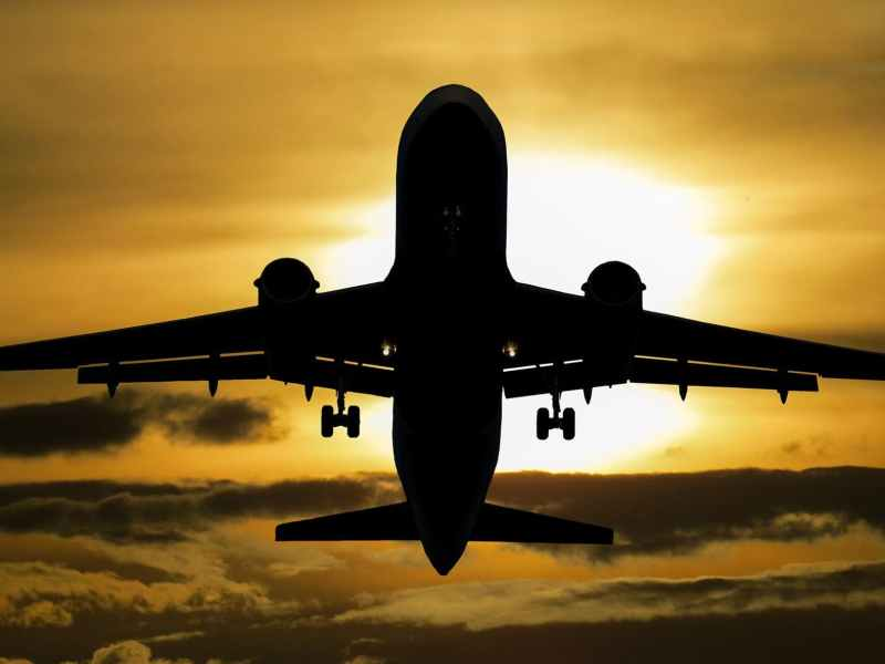 Ministry of Civil Aviation allowed In-Flight WiFi Services in India