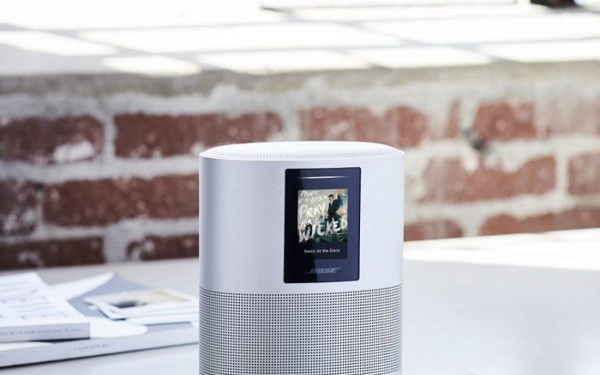 Bose Home Speaker 500_on table