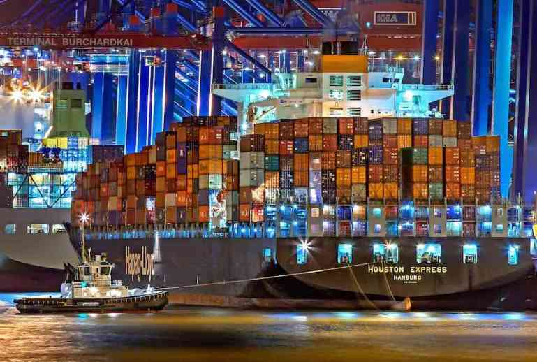 Fujitsu and Maritime and Port Authority of Singapore determine effectiveness of AI Ship collision risk prediction technology