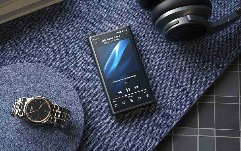 FiiO announces its new flagship high resolution smart portable music player, M15 in Singapore