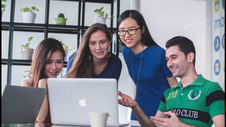 SIM and RMIT Online join forces to upskill Singaporeans for a hyper-digital future