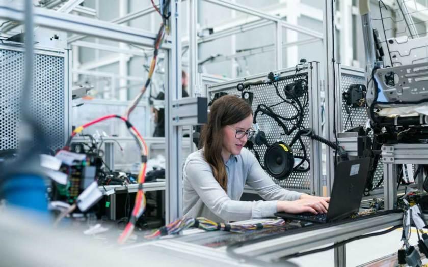Zebra Technologies and Singapore Polytechnic Nurture Singapore's Next Generation of Manufacturing Talent