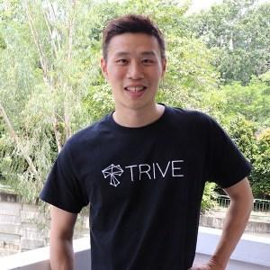 Chris-TRIVE-t-Shirt-2_800x700