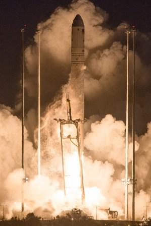 Antares Explosion 4
