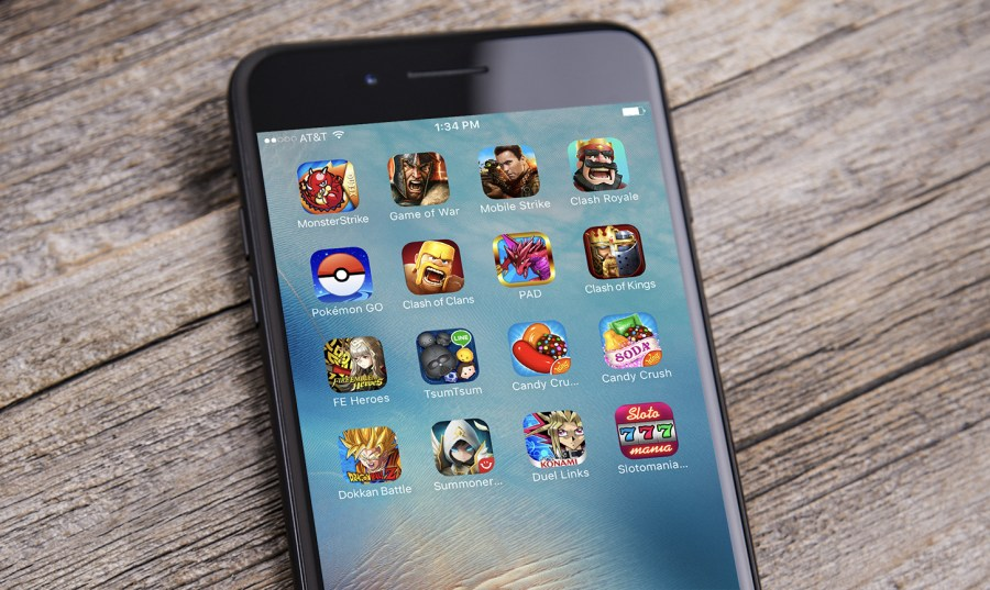Mobile gaming sessions down 10 percent year over year  but revenue     mobile games sensor tower