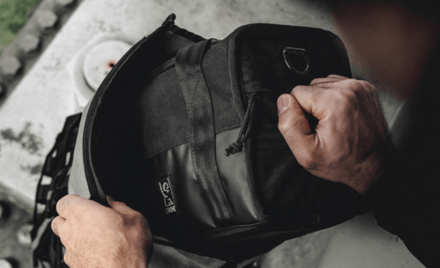 Bag Week 2018: Chrome's Niko Hold secures compact camera gear in a sleek package