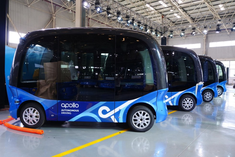 Baidu just made its 100th autonomous bus ahead of commercial ...