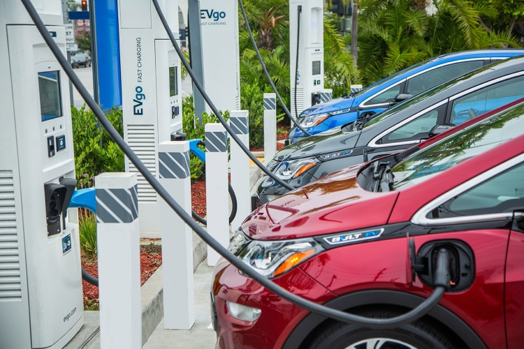 GM and EVgo charging