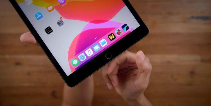 iPad 7 Touch ID