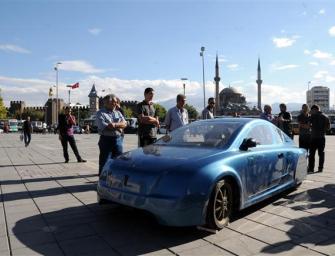 TURKISH ELECTRIC CAR TRAVELS 2,500 KILOMETERS, COSTS $17 TO RUN