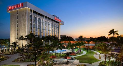 http---cache.marriott.com-propertyimages-m-miaap-miaap_main01