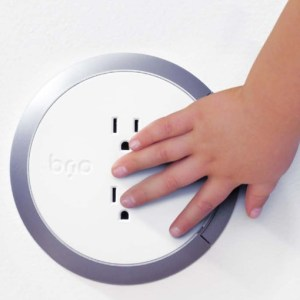 brio-safe-outlet-ces-2015-510px