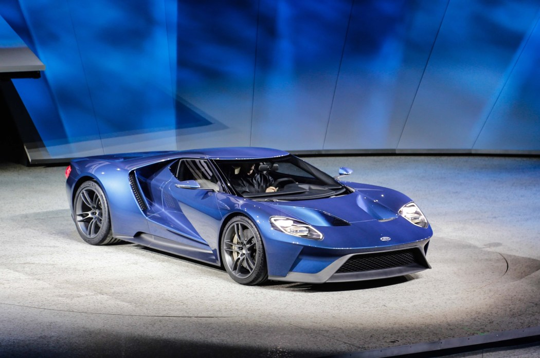 Ford Gt At  Detroit Auto Show Front