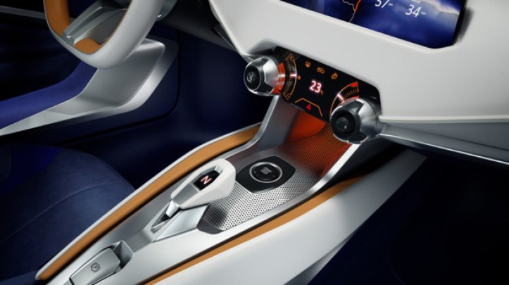 nissan-sway-concept-2015-25-11371829xjase_2038
