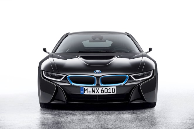 3586632_001-bmw-i8-mirrorless-1