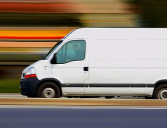 Leaving No Stone Unturned: 3 Risks You Face Without Insuring Your Commercial Vehicle