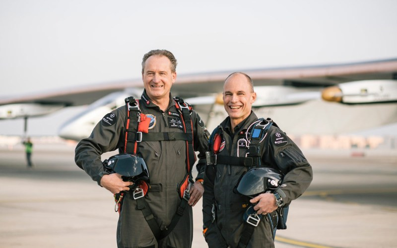 header-solar-impulse-pilots