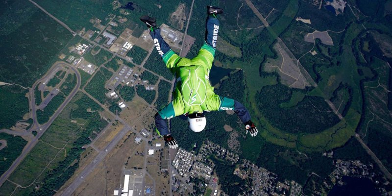 skydiver-without-parachute-3