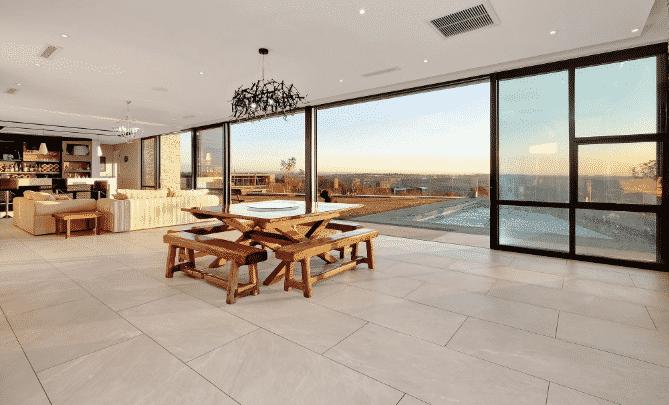 9 bedroom house for sale in Steyn City