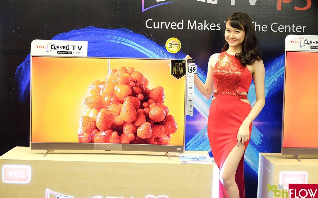 TLC P3 Curved TV