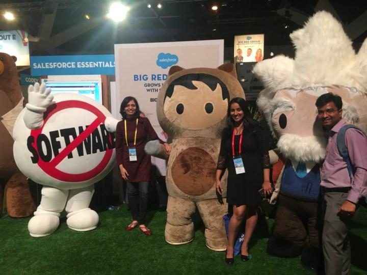Team with mascots - Salesforce World Tour Sydney - Techforce Services