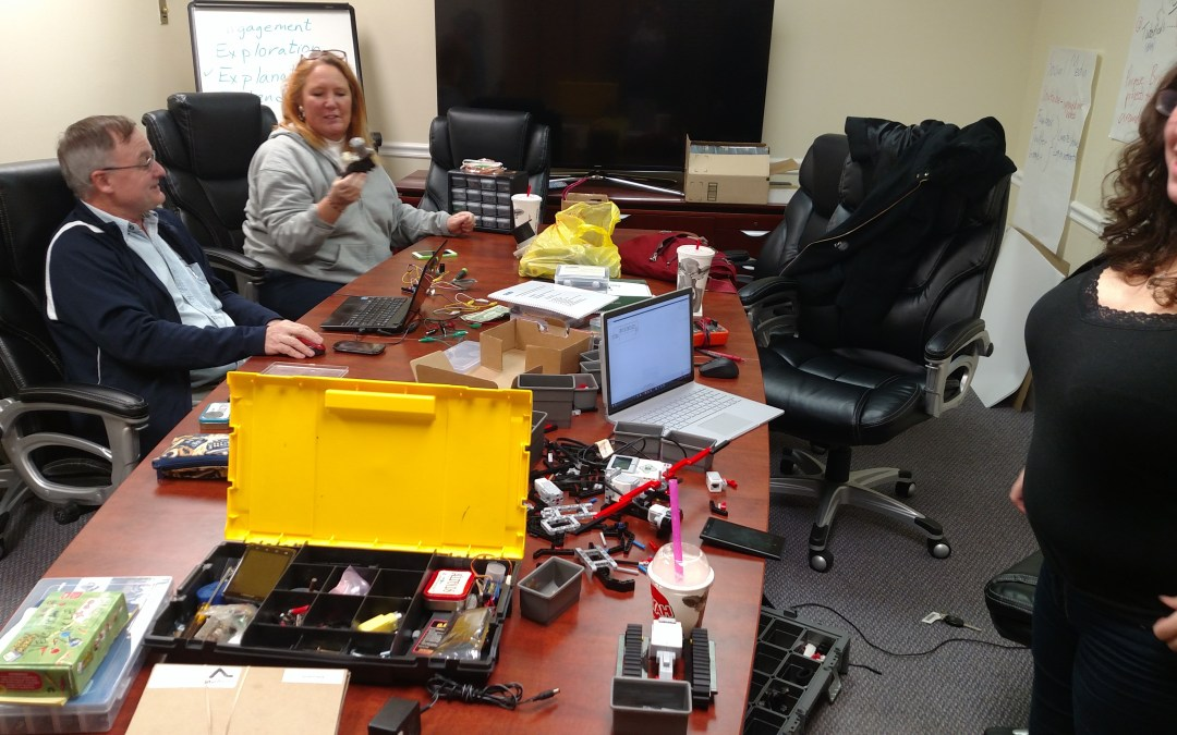 #HackSunday – A Maker Day With Friends