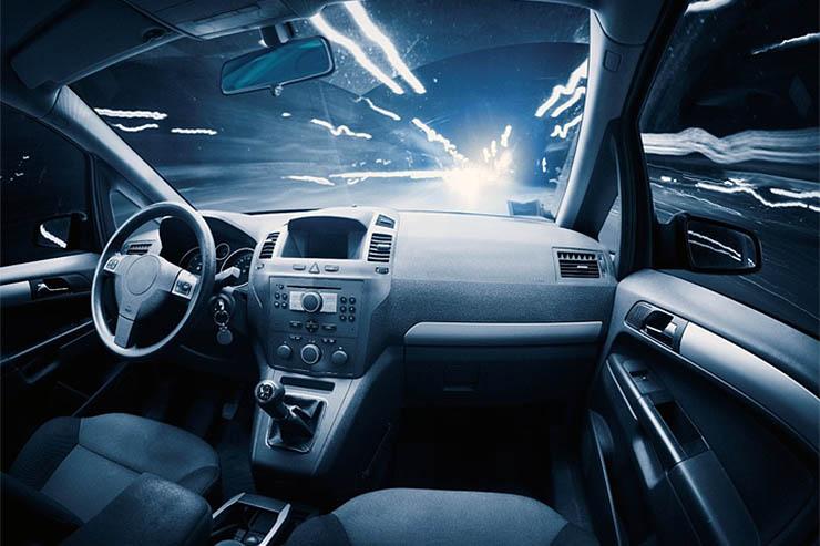 Equinix, le auto connesse porteranno le aziende oltre la rete