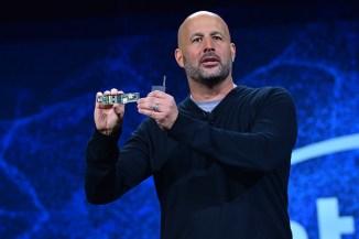 Microsoft Surface Neo, debutta il primo device con Intel Lakefield