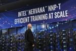 Intel accelera sull'AI con una nuova generazione di hardware