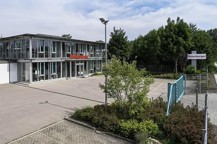 Rosenberger cresce nei datacenter e acquisisce Hau GmbH & Co