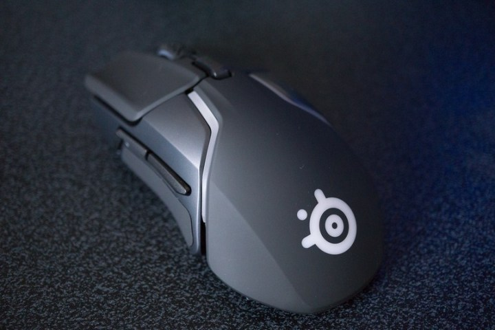 steelseries rival 600 on the black background
