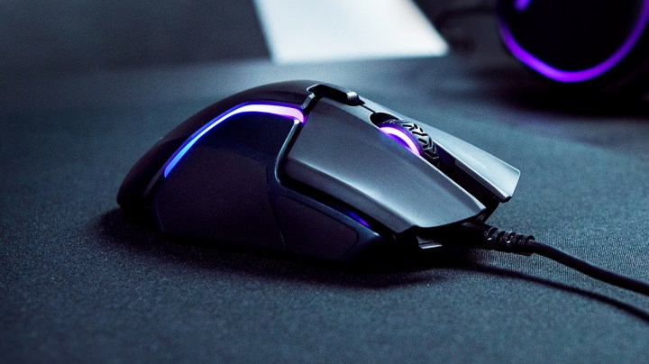 steelseries rival 600 on the black gaming pad