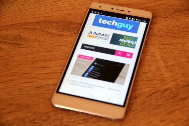 Tecno boom J8 display 4