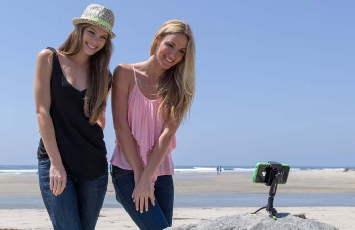 Top 9 Best Smartphone Tripod Mounts for Smartphone Photography 3