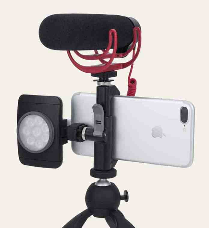 Top 9 Best Smartphone Tripod Mounts for Smartphone Photography 7