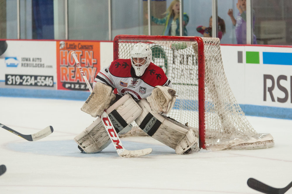 Robbie Beydoun in net for Waterloo (USHL) - Courtesy of David Mahncke
