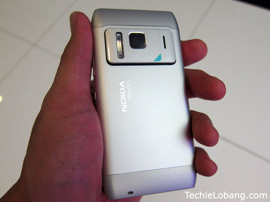 Nokia N8 Preview and Hands On - Video Within | TechieLobang