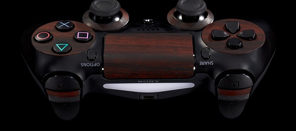 ps4_console_side_wood_mahoganycontroller