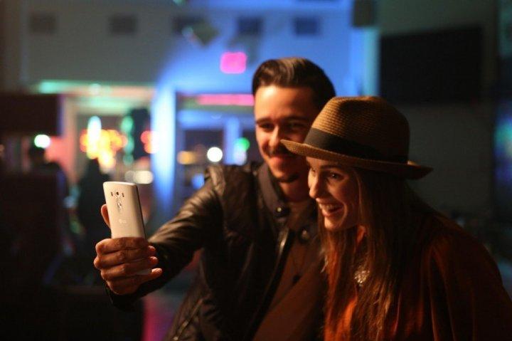 LG - PR - LG G3 Selfie