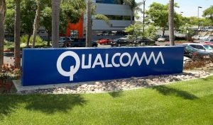 "H Qualcomm θέλει να ""μπανάρει"" το iPhone από την αγορά των ΗΠΑ"