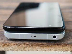 Να γιατί η Xiaomi αφαίρεσε την κλασσική θύρα ακουστικών από το Mi 6!