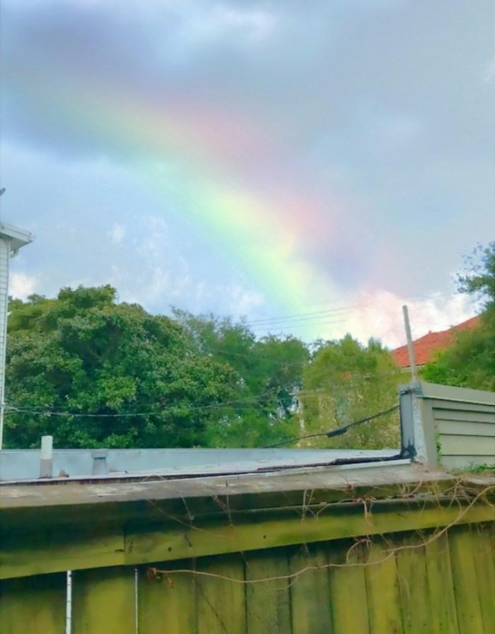 171006-snapchat-rainbow-filter.jpg