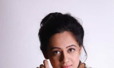 Spruha Joshi Wiki, Age, Family, Height, Bio, Husband, Movies, Images, TV Shows