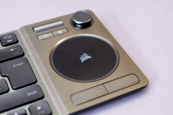 corsair-k83-entertainment-tastatur-5